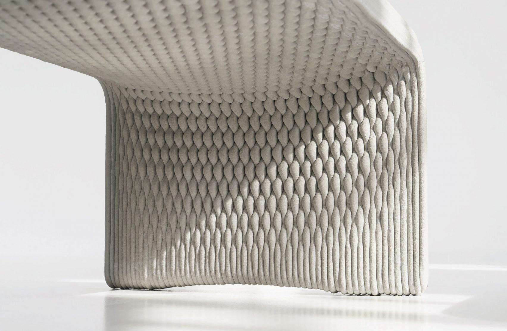 Колекция скамеек, выполненных из бетона на 3D-принтере