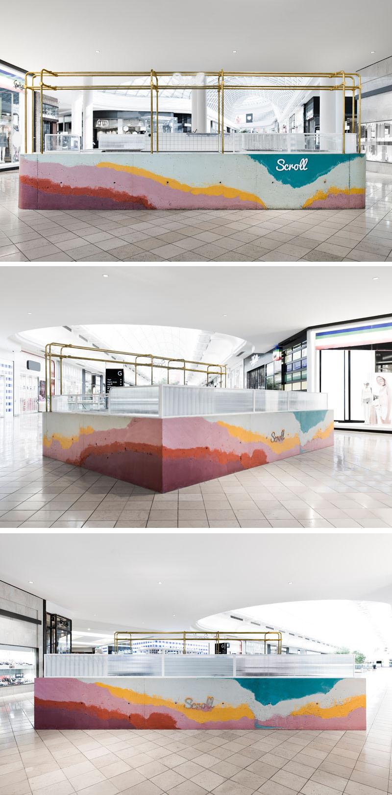 Прилавок в этой лавке мороженного сделан из слоев цветного бетона