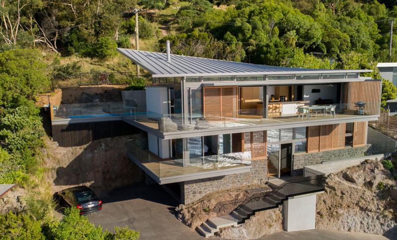 Этот дом на холме в Новой Зеландии был спроектирован для удивительных видов на океан